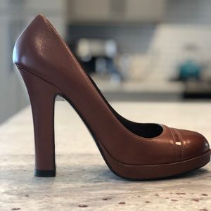 Cole Haan brown leather rounded-toe heels